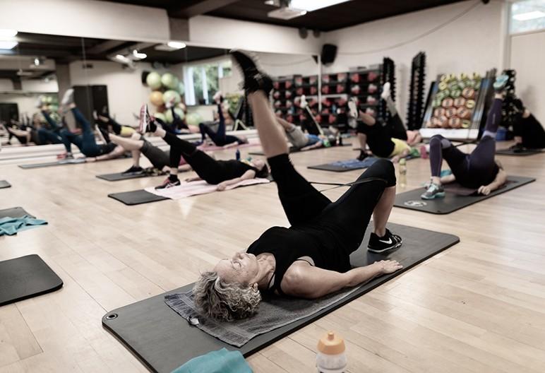 Holdtræning i Solo Fitness